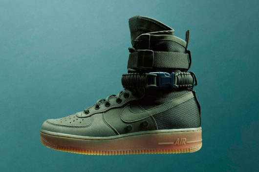 The SF AF-1 fuses two of Nike's most iconic shoes for winter, the SFB and the Air Force 1.